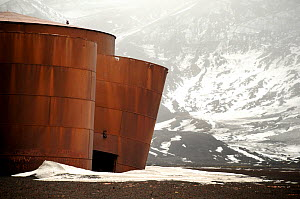 Old abandoned building from a whaling station. Deception Island, Antarctica  -  Enrique Lopez-Tapia,Enrique Lopez-Tapia