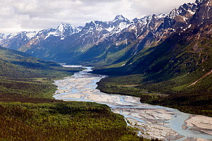 Aerial view of a braided and meandering river and glacial sediments, Alaska, USA - Visuals Unlimited