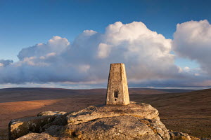 Trig Point on Yes Tor, the highest trig point in the South of Britain, Dartmoor National Park, Devon, England. April 2012.  -  Adam  Burton