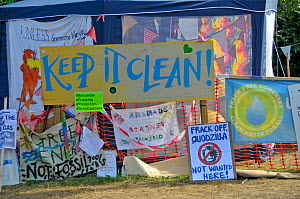 Anti-fracking protest, 'Keep it Clean' banners and signs, Balcombe, West Sussex, England. 19th August 2013.  -  Adrian Davies