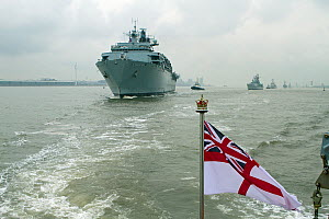 HMS Bulwark followed by HMS Edinburgh, BNS Louise-Marie, ORP General Tadeusz Kosciuszko and HMS Pembroke proceed up the River Mersey as they leave Liverpool at the conclusion of the Battle of the Atla...  -  Graham  Brazendale