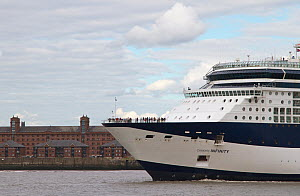 Cruise ship 'Celebrity Infinity' heading off from Liverpool. Merseyside, England, UK, August 2013. All non-editorial uses must be cleared individually. - Norma  Brazendale