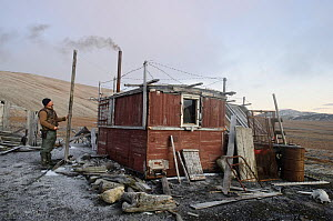 Construction of small house on Wrangel Island, Far Eastern Russia, September 2011. - Sergey  Gorshkov