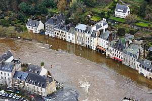 Aerial view of a flooded town, Finistere, France, February 2014. - Benoit  Stichelbaut