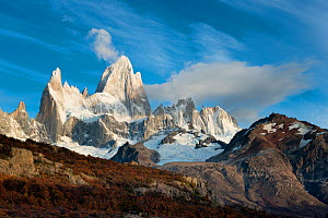 Mount Fitz Roy in morning light. El Chalten, Patagonia, Argentina. April 2013.  -  Hougaard Malan