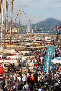 Crowds enjoying the fleet in the marina after racing, Les Voiles De St Tropez regatta, St Tropez, France, October 2013. All non-editorial uses must be cleared individually. - Ingrid  Abery
