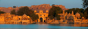 Panoramic of the city of Jaisalmer, nicknamed the Golden City, view of the fort from Gadisar Lake, Thar Desert, Rajasthan, India. February 2012.  -  Axel  Gomille