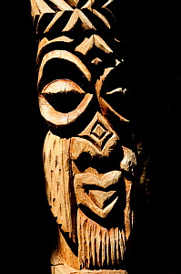 Close up of Totem, Ile des Pins (Pine Island), New Caledonia, September 2008.  -  Enrique Lopez-Tapia