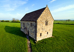 Abbot's Fish House, built in the 1330's for the monks of Glastonbury Abbey at the edge of a lake known as Meare Pool (drained in the 18th century). Meare, near Glastonbury, Somerset Levels, UK, April... - John Waters
