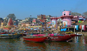 Buildings and boats on the banks of the Ganges, Varanasi, Uttah Pradesh, India, March 2014.  -  Loic  Poidevin