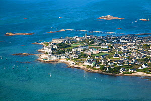 Aerial view of Roscoff town and harbour, Finistere, Brittany, France, September 2006. - Christophe Courteau