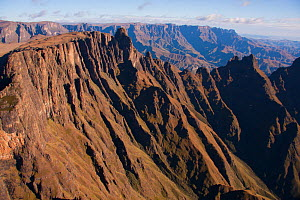 Aerial view of  Drakensberg Mountains, South Africa, May 2011.  -  Hugh Pearson