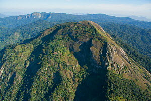 Aerial view of  Mount Mabu, Mozambique, May 2011.  -  Hugh Pearson