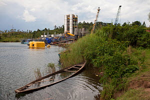 Kivuwatt biogas plant under construction. The plant will remove methane from the waters of Lake Kivu and power three genrators to produce 26MW of electricity. Kibuye, Rwanda, November 2014.  -  Tom  Gilks