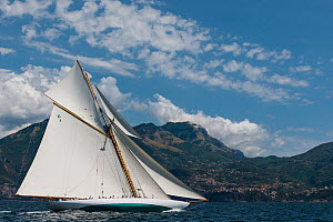 'Mariquita' racing during Le Vele D'Epoca Napoli, Panerai Classic Yacht Challenge 2013, Naples, Italy, 28th June 2013. All non-editorial uses must be cleared individually. - Sea  & See