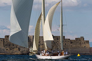 Classic Yacht 'Eilean' during the Panerai Classic Yacht Challenge, Le Vele D'Epoca Napoli 2013. Naples, Italy, 28th June 2013. All non-editorial uses must be cleared individually. - Sea  & See