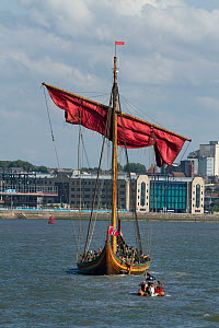 Draken Harald Harfagre (Dragon Harald Fairhair) on the River Mersey. Partially under sail as she departs Birkenhead for her journey back to Norway via the Isle of Man, River Mersey, Merseyside, United...  -  Graham  Brazendale