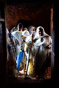 Christian worshipers at Bet Danaghel (part of the northwestern group of churches in Lalibela). UNESCO World Heritage Site. Lalibela. Ethiopia, December 2014.  -  Enrique Lopez-Tapia