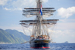 Three-masted clipper cruising ship 'Stad Amsterdam', Dominica, Caribbean Sea, Atlantic Ocean. All non-editorial uses must be cleared individually. - Franco  Banfi