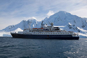 'Clipper Adventurer' anchored off Brabant Island, South Shetland Islands, Antarctic Peninsula. November, 2011. All non-editorial uses must be cleared individually. - Rick Price