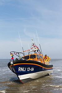 New lifeboat RNLB Edmund Hawthorn Micklewood, returning to the Hoylake lifeboat station after it's official launch and naming ceremony. Hoylake, Wirral, Merseyside, England UK. March 2015 All non edit... - Norma  Brazendale