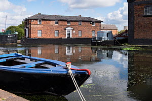 Canal boats for restoration at permanent mooring at Ellesmere Port Boat museum. Cheshire, UK, September 2015. - Norma  Brazendale