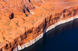 Aerial view of cliffs at the edge of Lake Powell, near Page, Arizona, on the Utah border, USA, February 2015. Lake Powell is a reservoir on the Colorado River, and is the second largest man made lake...  -  Juan  Carlos Munoz