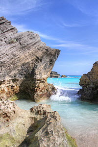 Small cove with sedimentary cliffs, Bermuda, October 2015 - Ingrid  Abery
