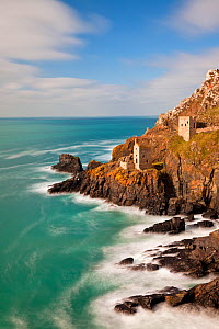 Crown Mines, derelict Tin Mines on coast at Botallack, Cornwall, England, UK. March 2011.  -  Guy Edwardes
