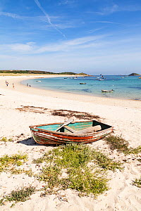 Old rowing boat on Par Bay, St. Martin's, Isles of Scilly, England. August 2013.  -  Merryn  Thomas