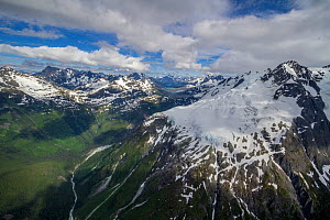 Aerial view of mountains in Tweedsmuir South Provincial Park, British Columbia, Canada.August 2011  -  Huw Cordey