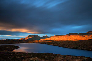 Ben Mor Coigach and Loch Dhonnachaidh in winter, Assynt, Highlands, Scotland, UK, January 2014. - SCOTLAND: The Big Picture