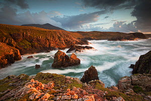 Evening light over west coast of Lewis, Mangersta / Traigh Mhangurstadh, Outer Hebrides, Scotland, UK, October 2014.  -  SCOTLAND: The Big Picture