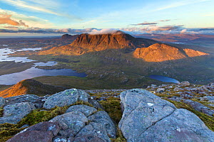 View from Cul Beag to Cul Mor and Loch an Doire Dhuibh, Assynt, Highlands. Scotland, UK, September 2013.  -  SCOTLAND: The Big Picture