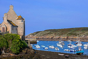 The medieval Maison des Anglais / Maison des Seigneurs in the fishing port at Le Conquet, Finistere, Brittany, France, September 2015 - Philippe Clement
