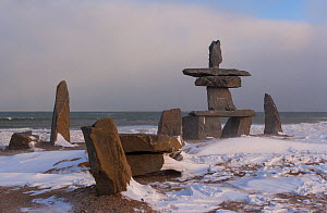 Rock formations in Churchill, Hudson Bay, Manitoba, Canada, November. - Juan  Carlos Munoz