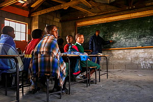 Children distracted during an English lesson, Lesotho.  November 2009  -  Jen Guyton