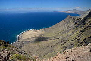 Steep volcanic mountains of the Tamadaba Natural Park, view south from the Mirador el Paso Marinero.   Gran Canaria UNESCO Biosphere Reserve, Gran Canaria. Canary Islands, June 2016.  -  Nick Upton