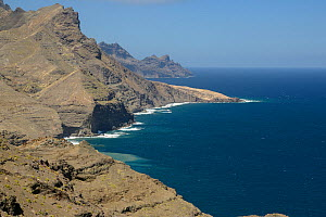 Bare volcanic mountains of the Tamadaba Natural Park near Agaete on the rugged west coast of Gran Canaria UNESCO Biosphere Reserve, Gran Canaria. Canary Islands, June 2016.  -  Nick Upton