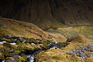 Stream flowing into u-shaped valley, High Cup, Appleby in Westmorland, Cumbria, England, UK, March 2017. - Graham Eaton