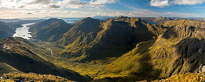 Loch Nevis, Luinne Bheinn and Meall Buidhe in Knoydart from Sgurr na Ciche, Lochaber, Scotland, UK, October 2016.  -  SCOTLAND: The Big Picture