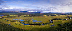 River Spey meandering through Insh Marshes, with oxbow lakes beside it, Cairngorms National Park, Scotland, UK, August 2016. - SCOTLAND: The Big Picture
