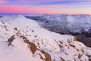Snow capped mountains of Stob nan Cabar and Buachaille Etive Beag, looking south east from Am Bodach, Glen Coe, Lochaber, Scotland, UK, November  2016 - SCOTLAND: The Big Picture