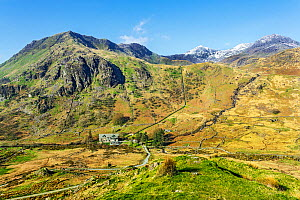 Pipeline from Llyn Llydaw reservoir on Mount Snowdon to bring water to the hydro-electric power station shown in the River Glaslyn, Valley, below with the summit of Snowdon in the background, Snowdoni...  -  Alan  Williams