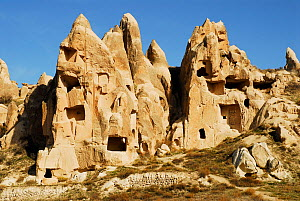 Troglodyte village,  Goreme National Park and the Rock Sites of Cappadocia UNESCO World Heritage Site. Turkey. December 2006.  -  Enrique Lopez-Tapia