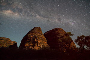 Bungle Bungle Range, at nigh with milky way. Beehive shaped karst sandstone formation formed by erosion, with dark lines formed by cyanobacteria. Purnululu National Park, UNESCO World Heritage Site, K... - Jurgen Freund