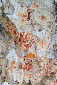 Ancient rock art painting galleries, Aiduma Island, near the Mainland New Guinea, Western Papua, Indonesian New Guinea - Staffan Widstrand