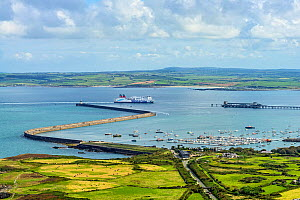 Stena Line ferry from Dublin, Ireland arriving at Holyhead Harbour, Anglesey, North Wales, UK, September 2017. - Alan  Williams