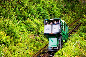Cliff railway linking Lynmouth with Lynton on the north Devon coast. The railway is water powered, with a tank underneath the top carriage filling with water, till it is heavy enough to fall by gravit...  -  Ashley Cooper