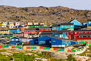 Colourful houses in Illulisat UNESCO World Heritage Site, Greenland, July 2008. - Ashley Cooper